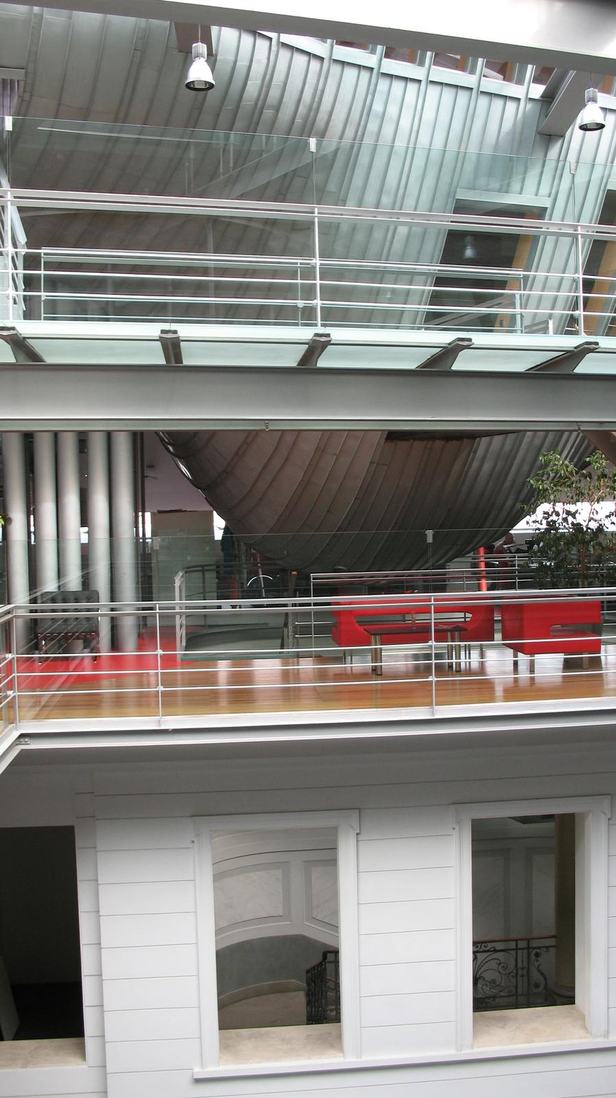 A bárka-bálna alja
