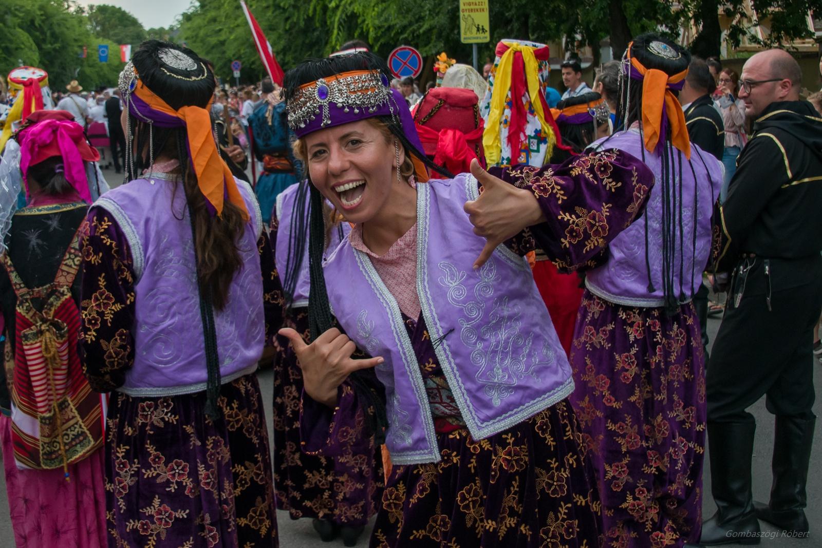 Török táncosok