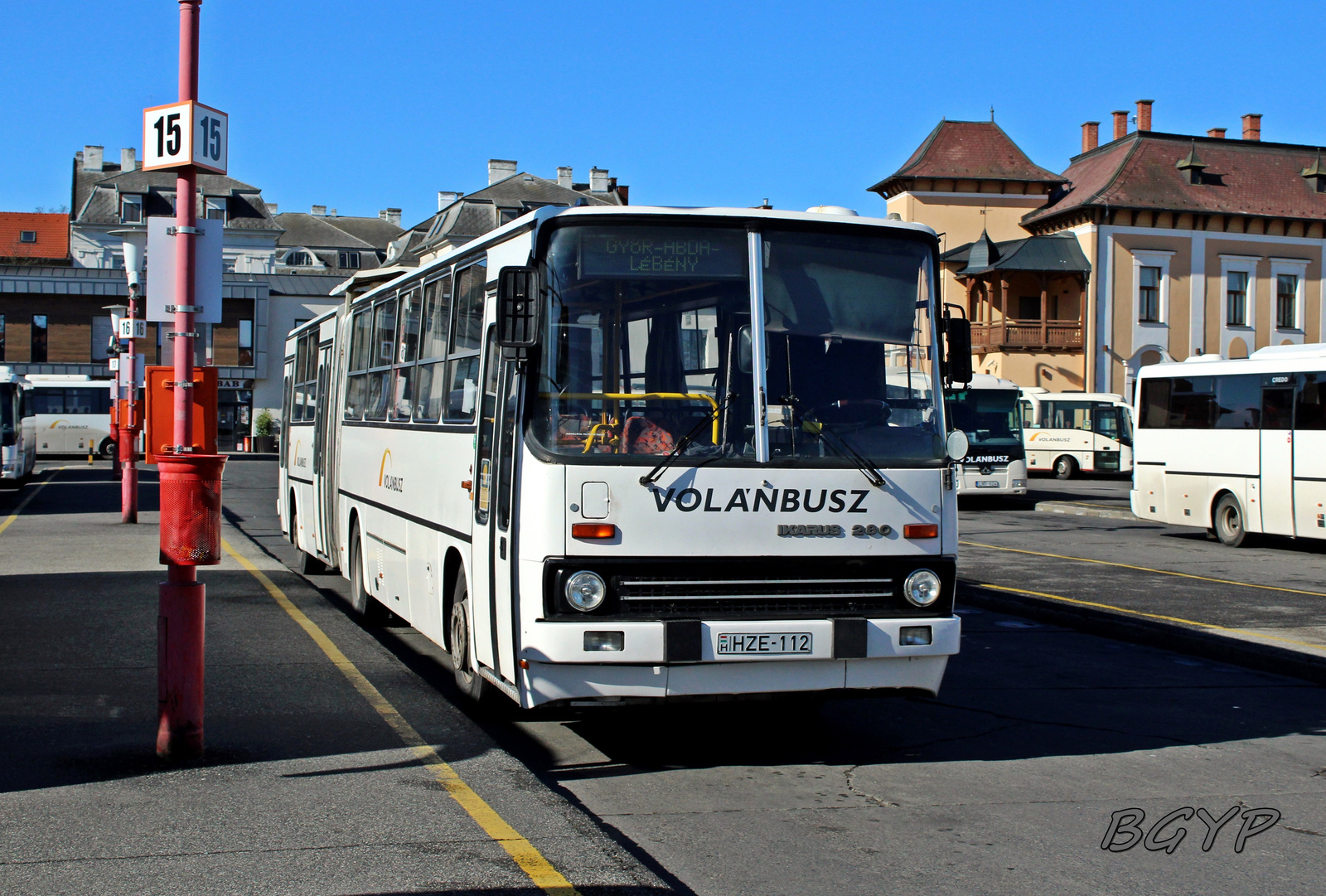Ikarus 280.30M (HZE-112)