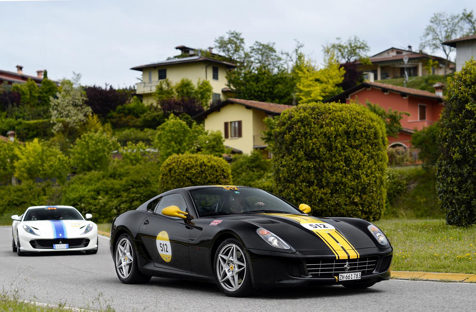 Ferrari 599 GTB Fiorano - Ferrari 812 Superfast