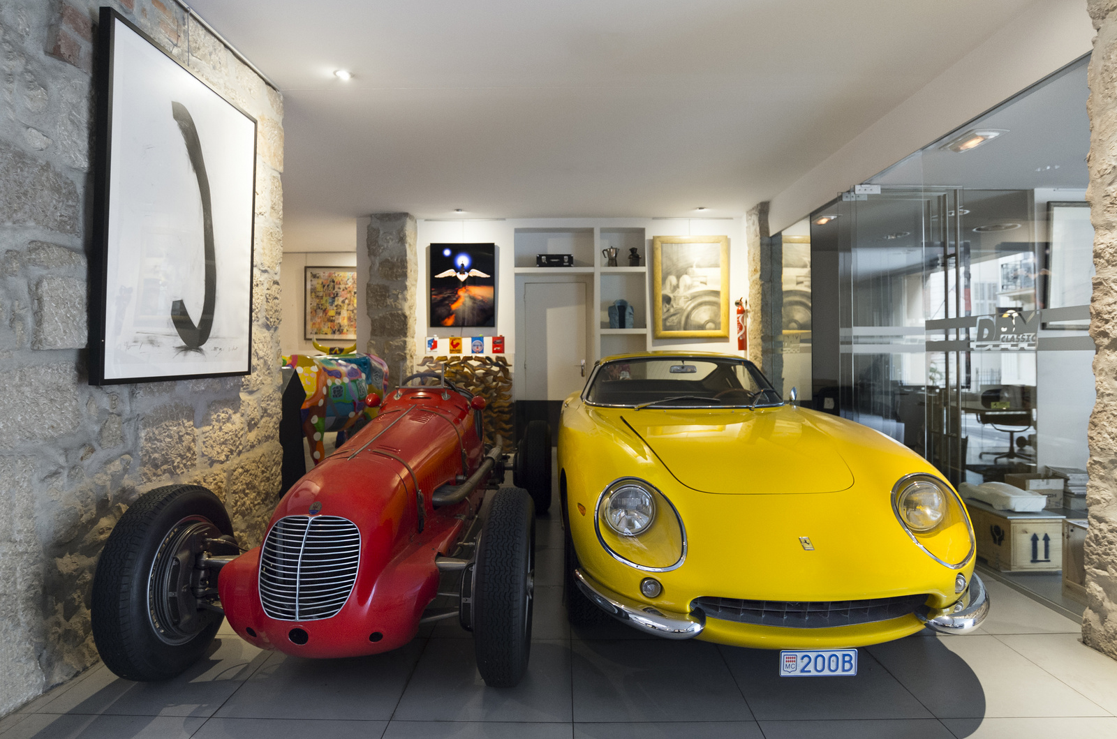 Maserati - Ferrari 275 GTB