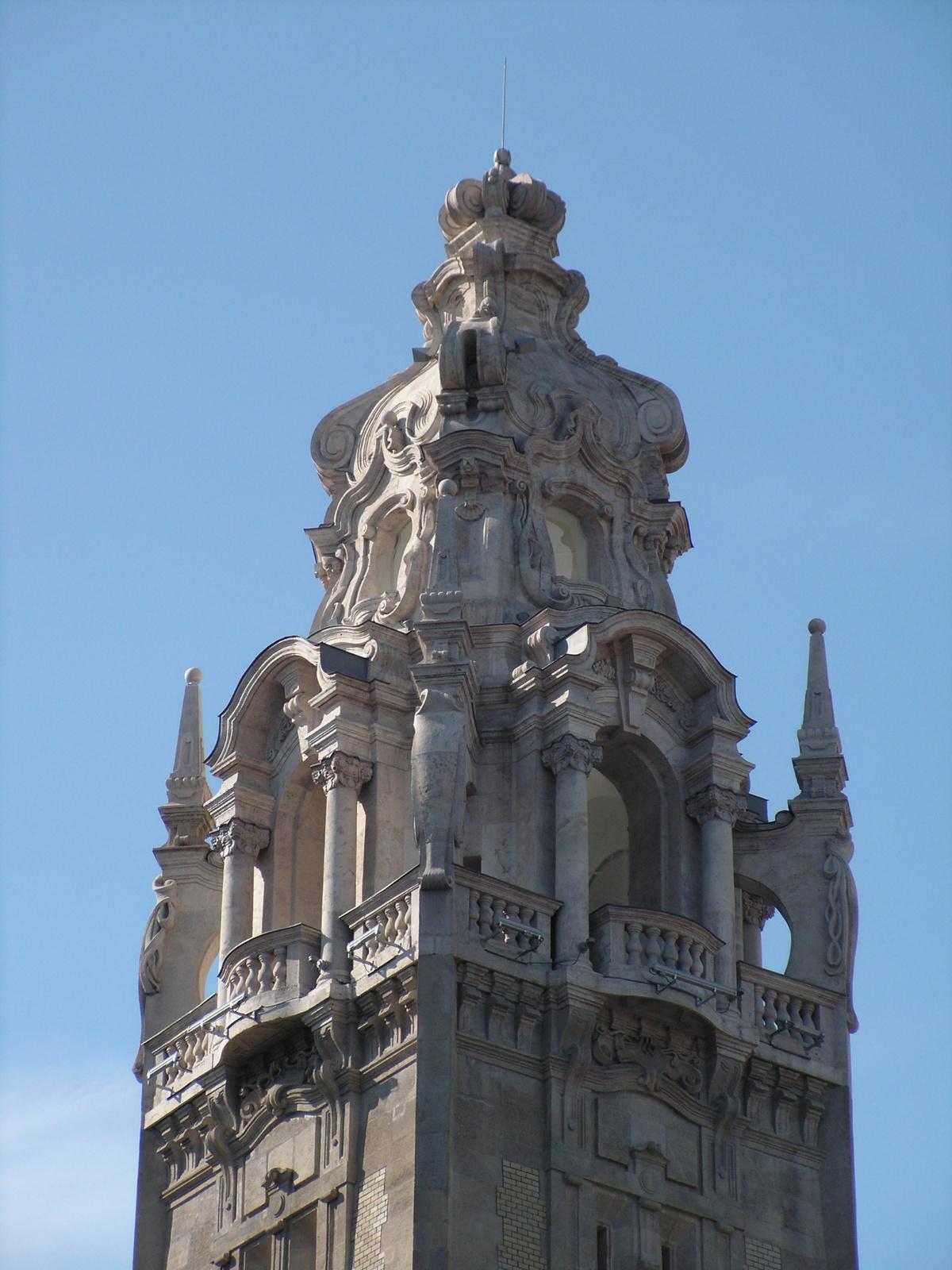 Budapest, az É-i Kotild palota tornya, SzG3