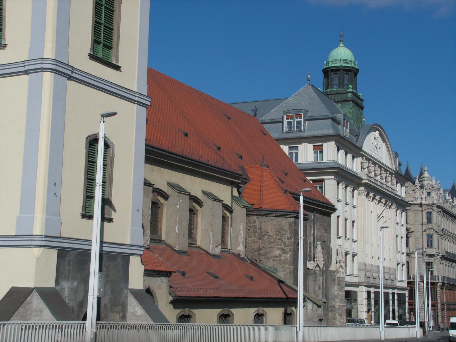 Budapest, a Belvárosi templom és a Piarista tömb, SzG3