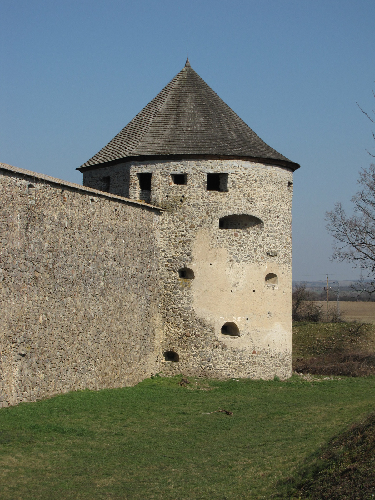 Szlovákia (Slovakia), Bozók (Bzovík) vára, SzG3