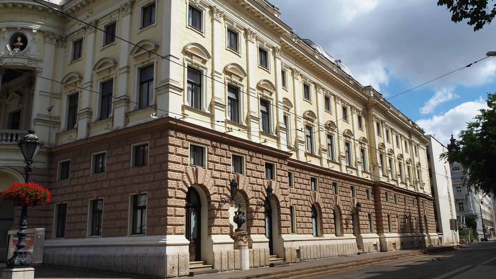 Pozsony, a Nemzeti Színház, SzG3