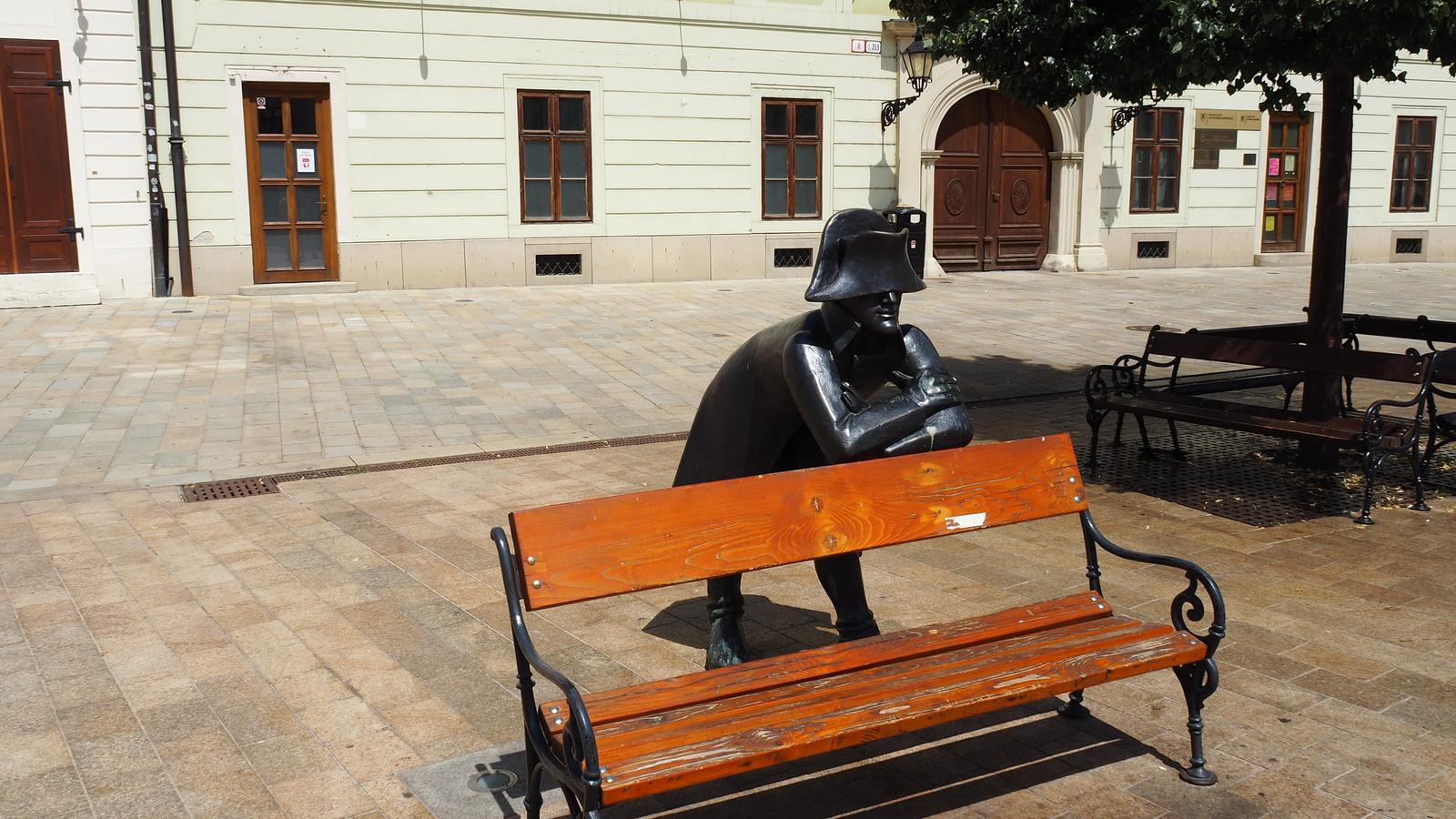 Pozsony, Napoleonský vojak (Napóleon katonája), SzG3