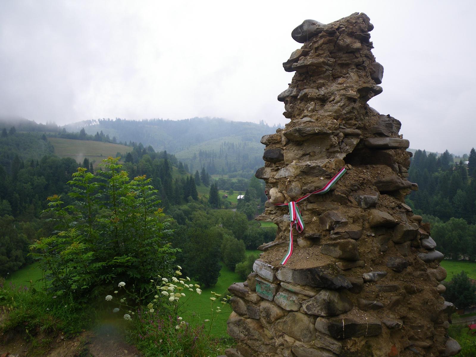 A Rákóczi-vár romjai, Gyimesbükk