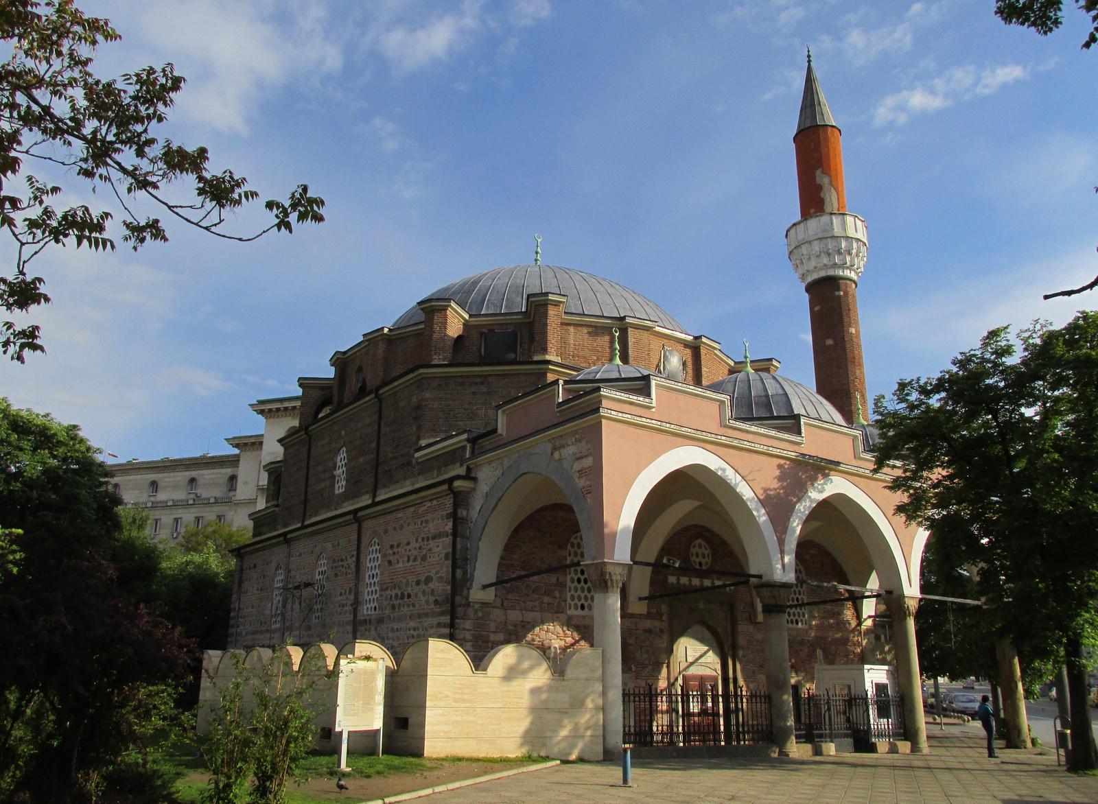 Banya Bashi mecset