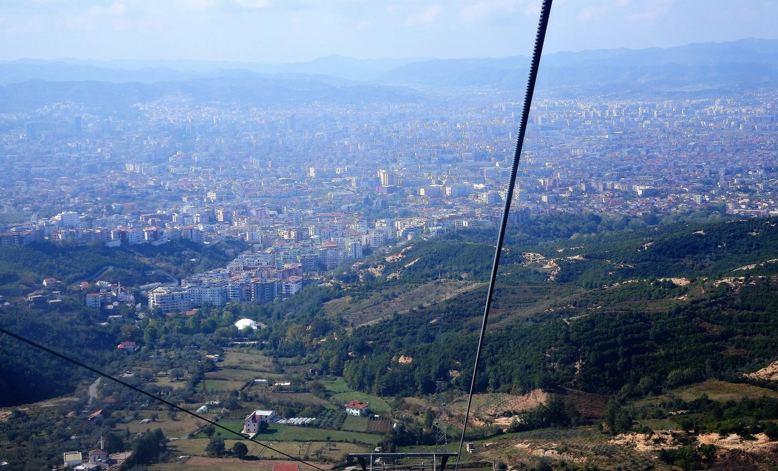 A festői Tirana