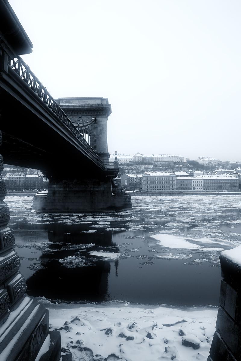 Lánc-híd-télen