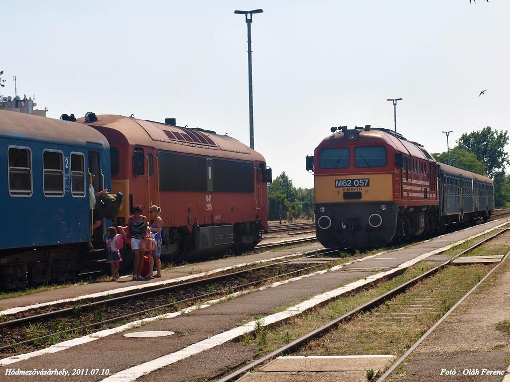 M41 2115 & M62 057