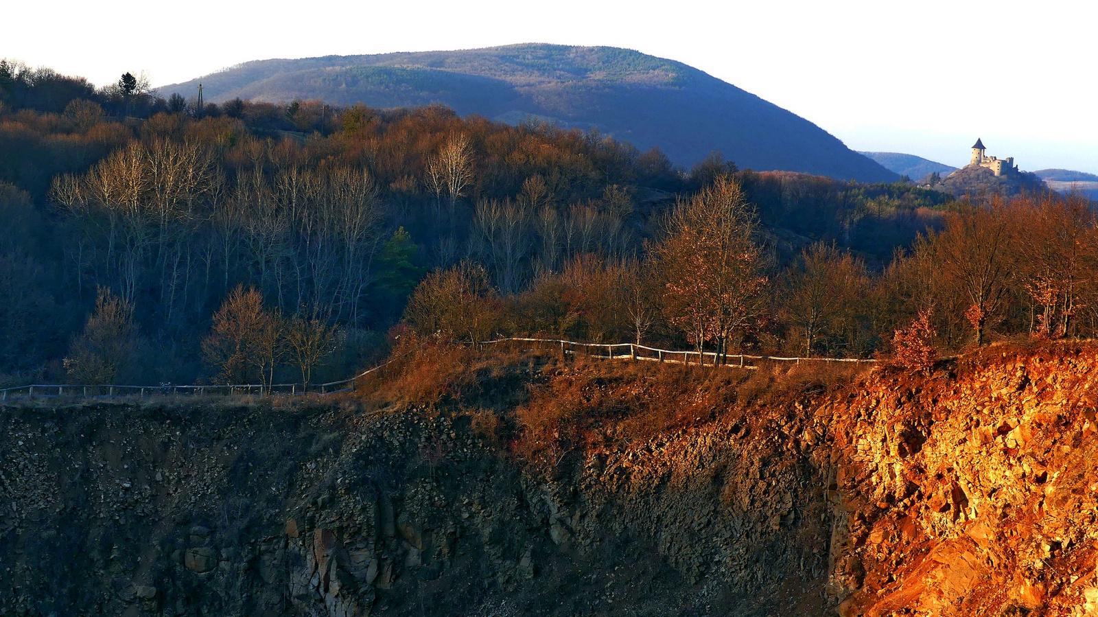 05 A Közép-bánya tetejéről