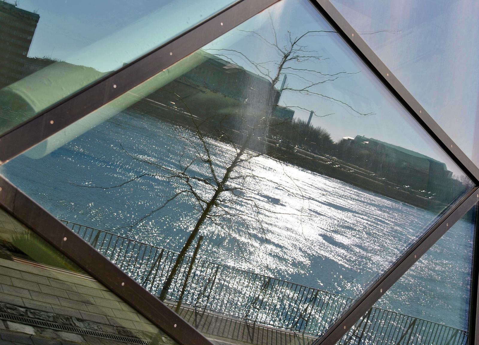 A Duna tükörképe
