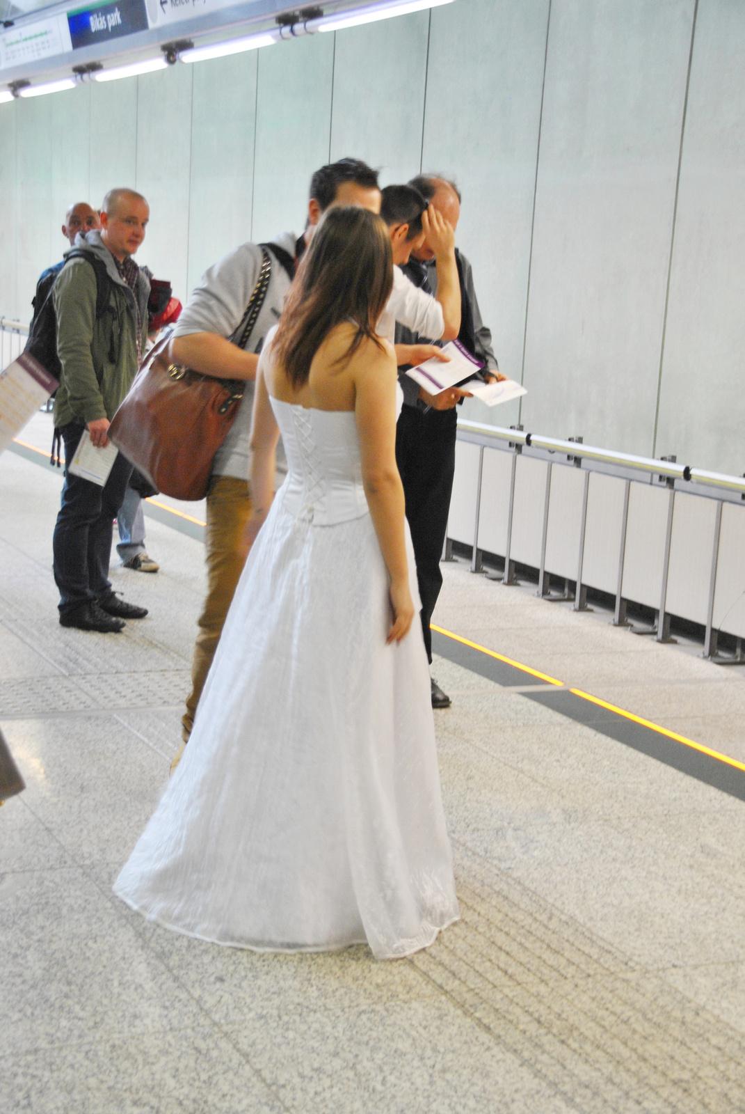 A menyasszony első útja