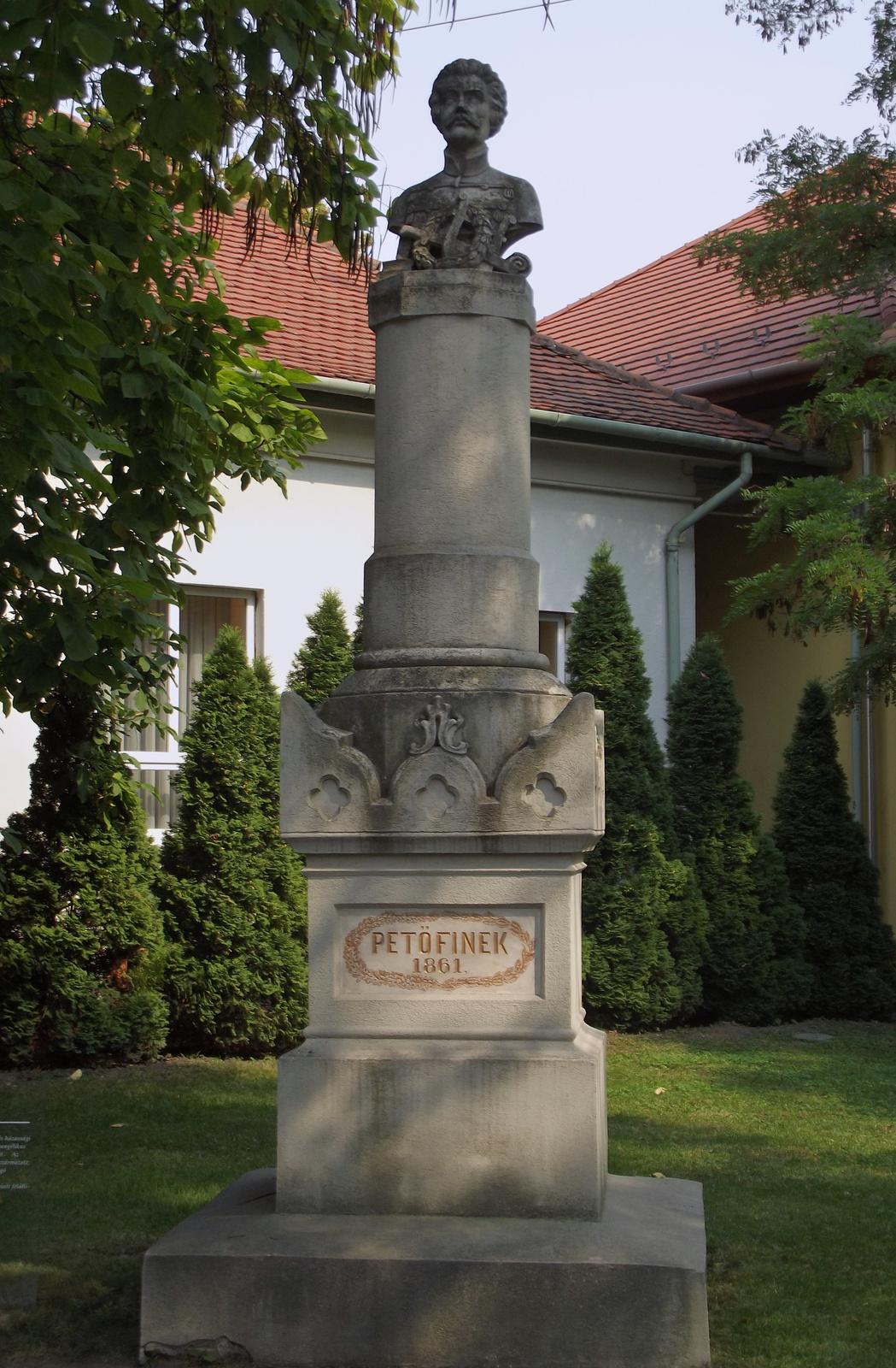 Petőfi szobor