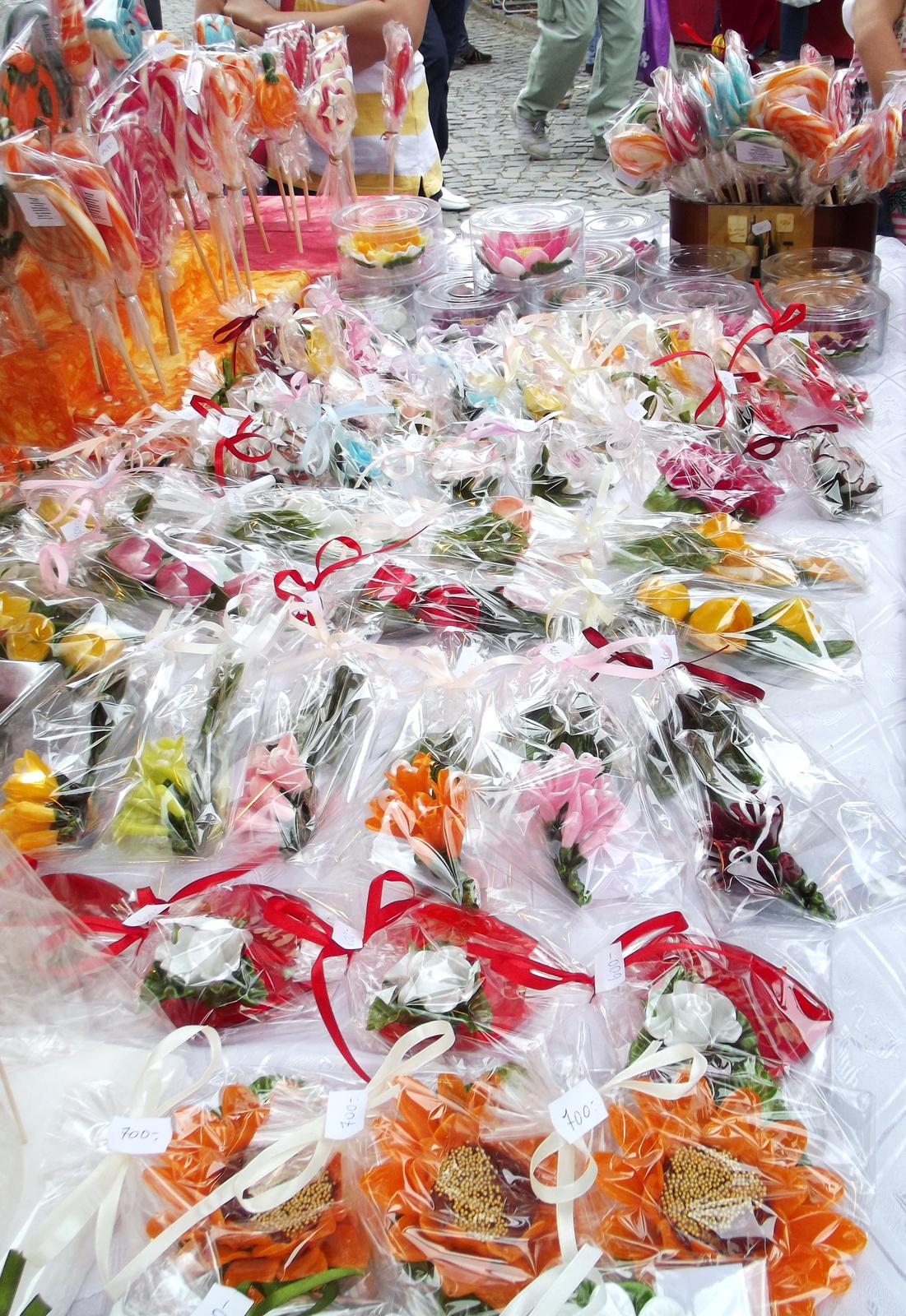 Virágok cukorból