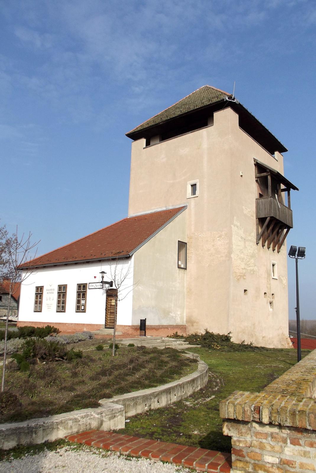 Földvári vár