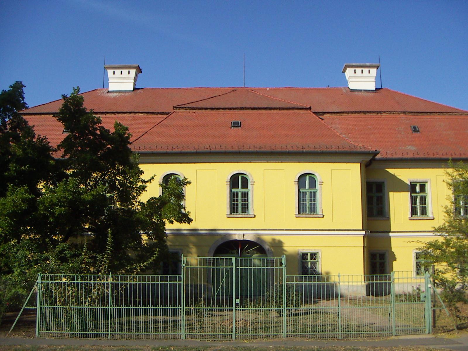 Szegvár, Károlyi-kastély